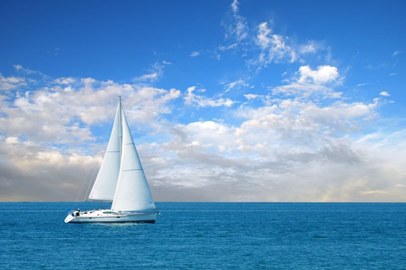 Sailing on the Pacific Ocean